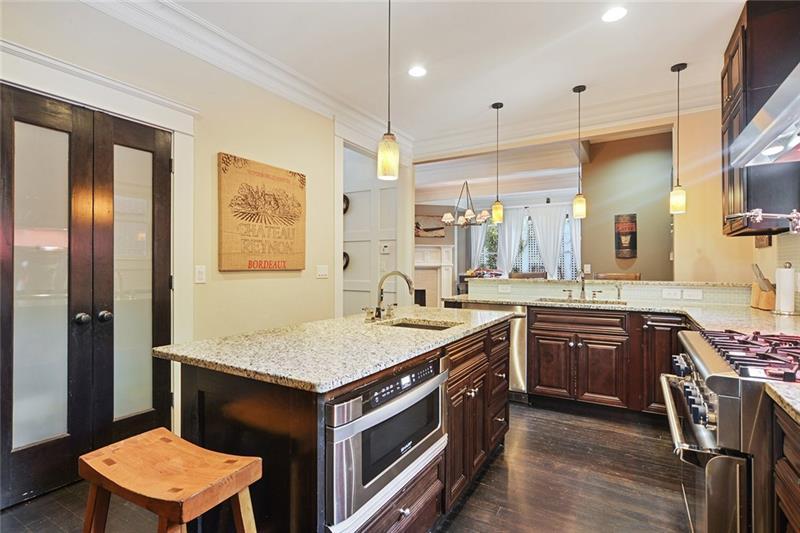 Real Estate - 968 Argonne Avenue Atlanta