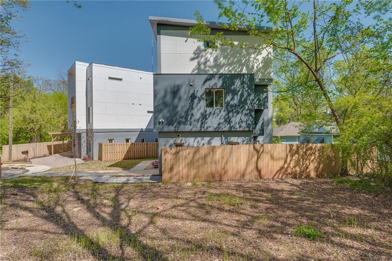 Real Estate - 1459 Macklone Street Atlanta
