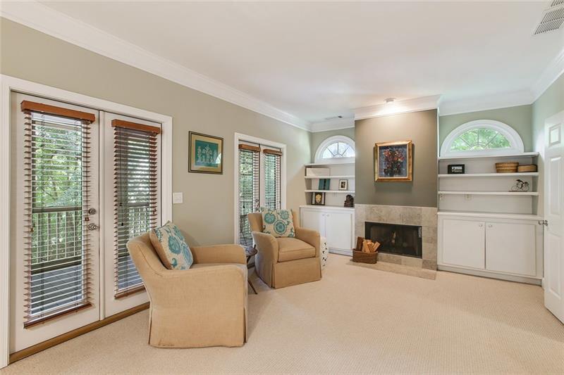 Real Estate - 855 Saint Charles Avenue Atlanta