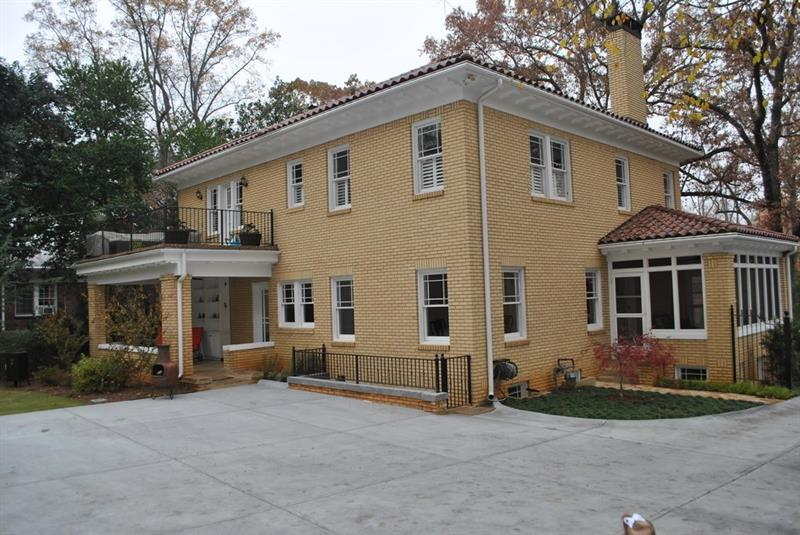 Real Estate - 1945 Ponce De Leon Avenue Atlanta