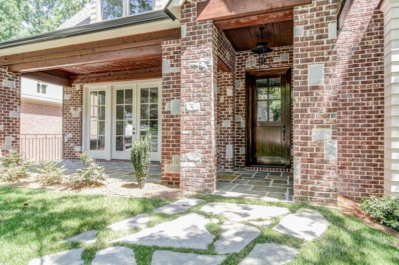Real Estate - 1740 Coventry Place Decatur