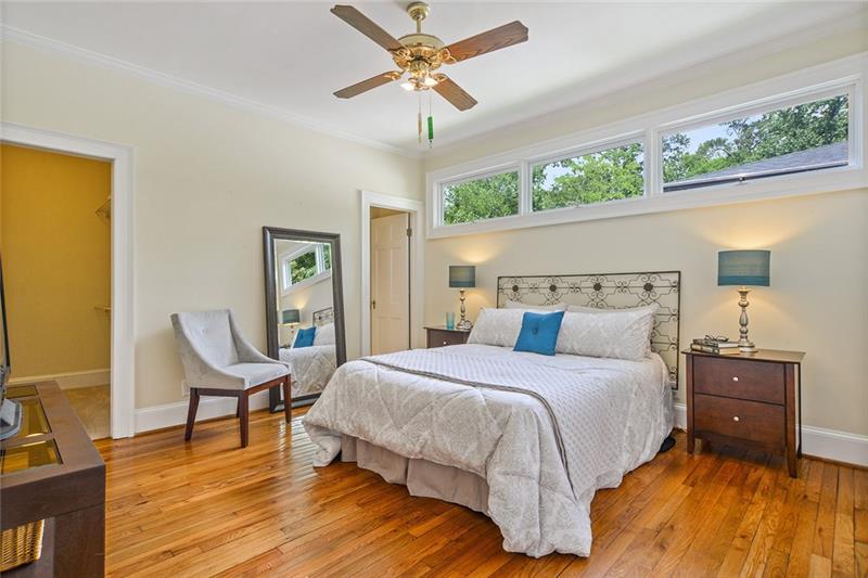 Real Estate - 220 Seneca Street Decatur