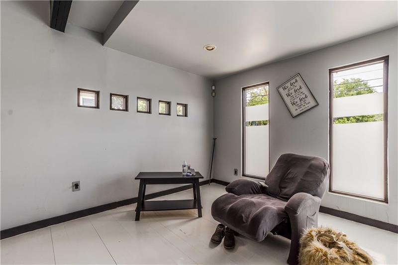 Real Estate - 175 Moreland Avenue Atlanta