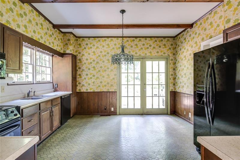 Real Estate - 1001 Oxford Road Atlanta