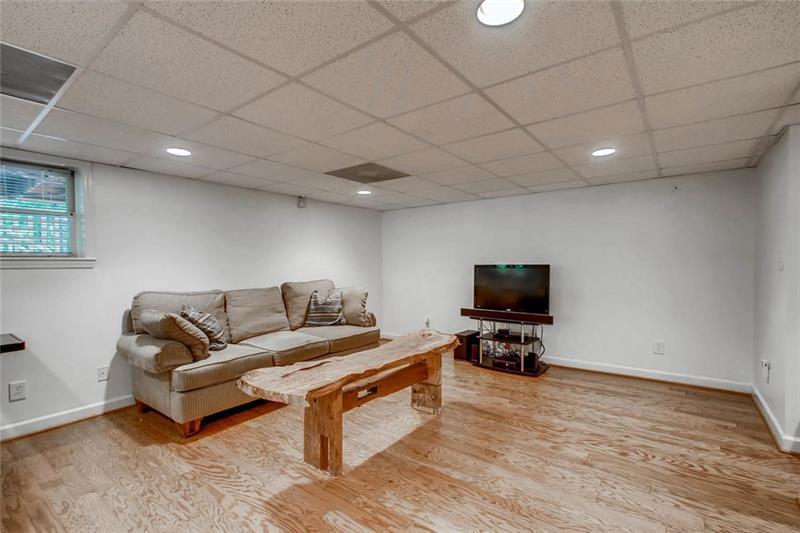 Real Estate - 1266 University Drive Atlanta