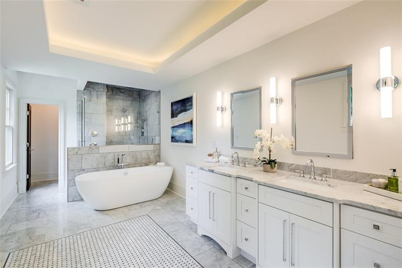 Real Estate - 463 Burlington Road Atlanta