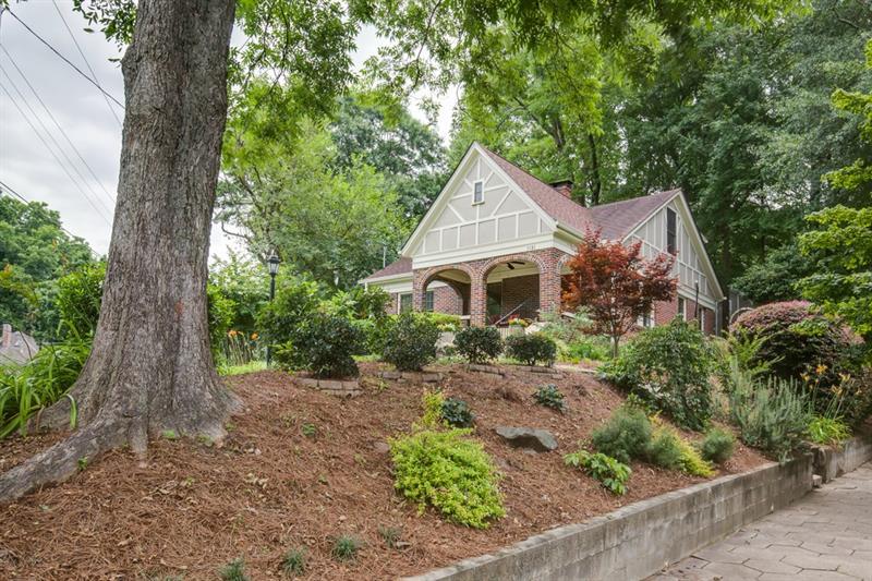 Real Estate - 1121 Alta Avenue Atlanta