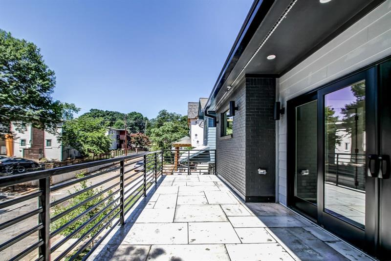 Real Estate - 620 Fortune Place Atlanta