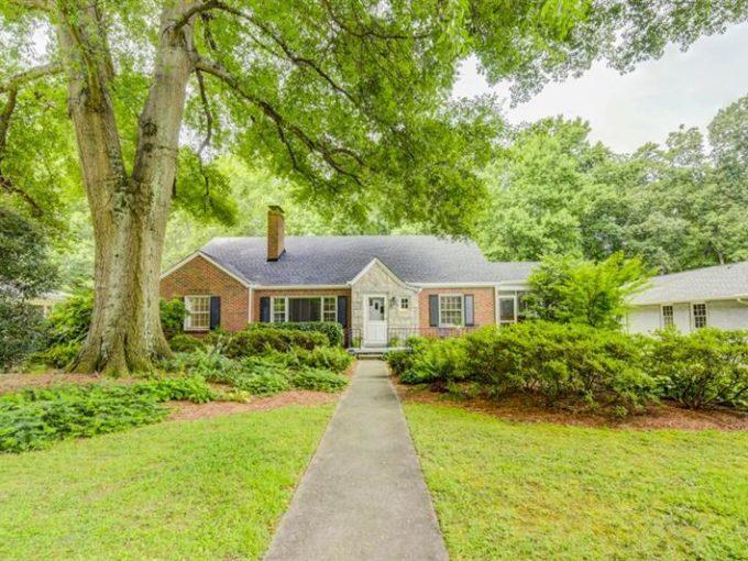 Real Estate - 223 Parkwood Road Decatur