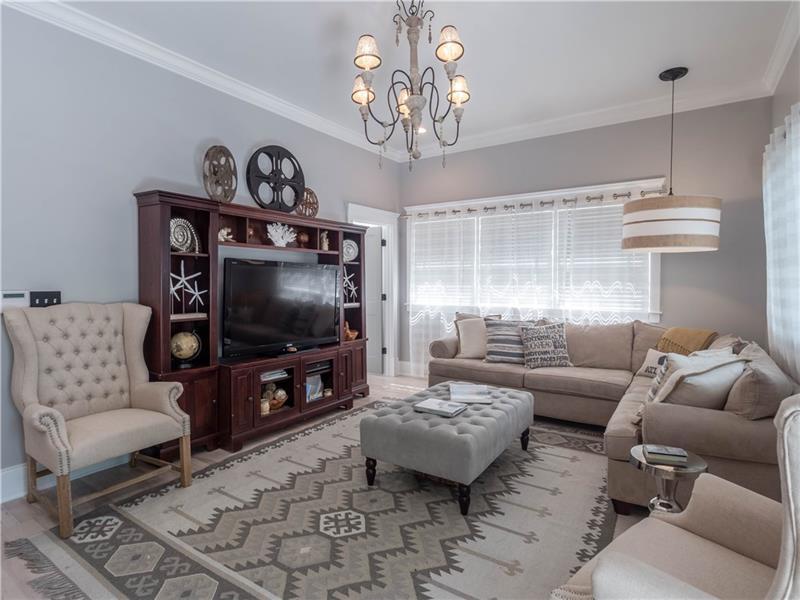 Real Estate - 571 Park Drive Atlanta