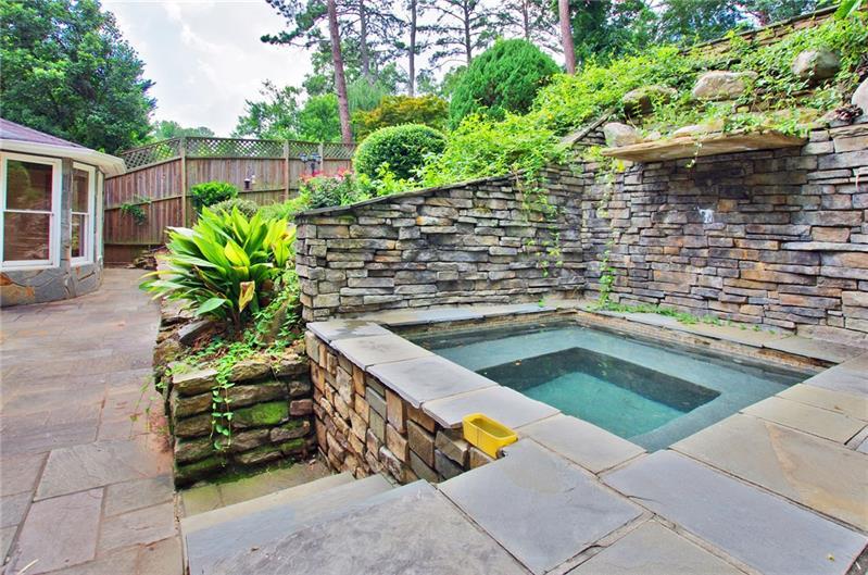 Real Estate - 1690 PINE RIDGE Drive Atlanta