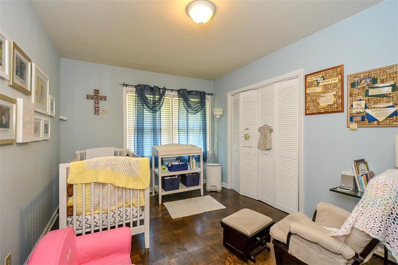 Real Estate - 1233 Carol Lane Atlanta