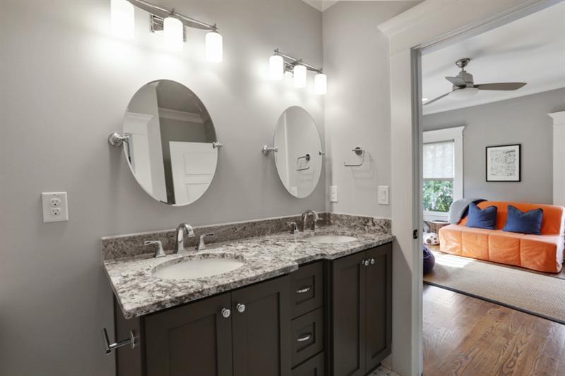 Real Estate - 1366 Lanier Boulevard Atlanta