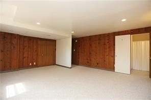 Real Estate - 1611 Doncaster Drive Atlanta